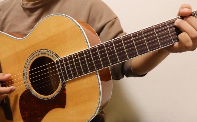 トータル テンボス 大村 子供 ギター